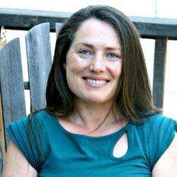 Angela Privin headshot for client testimonial